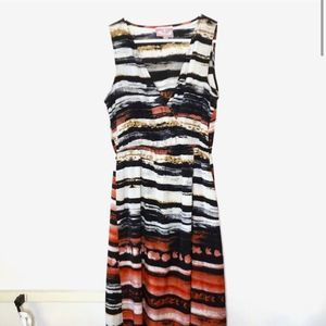 Romeo + Juliet Couture White Striped VNeck Dress